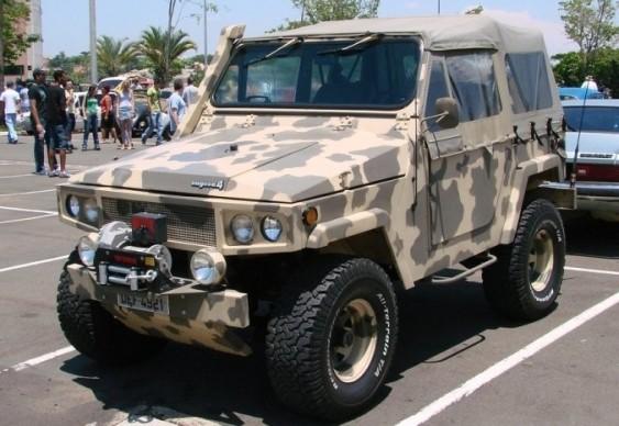 Jeep Engesa - pintura camuflagem