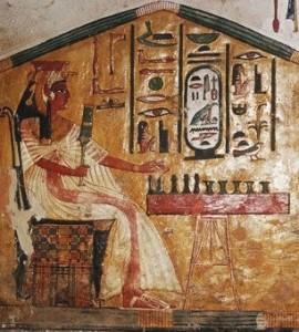 Rainha Nefertari do Egito jogando senet