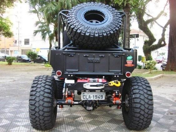 Jeep Willys CJ3A reformado pintura fosca