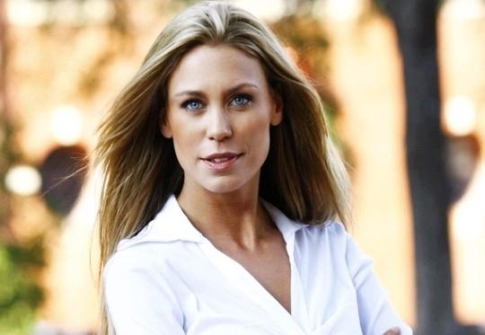 Leslie Porterfield, a bela - rainha da sucata de motos