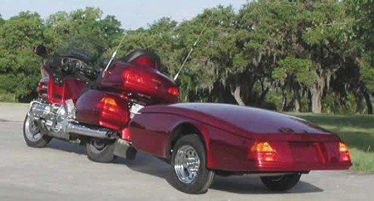 Motocicleta com trailer