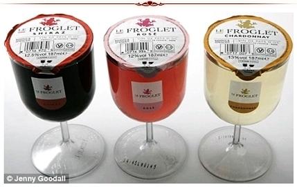 Taças de vinho descartáveis