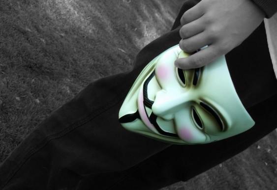 Máscara - Anônimos