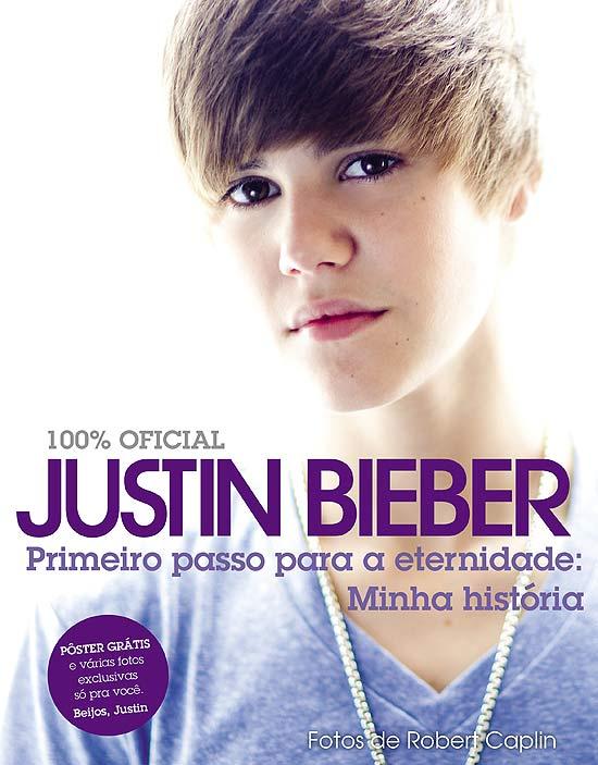 Foto da capa do livro sobre a vida de Justin Bieber