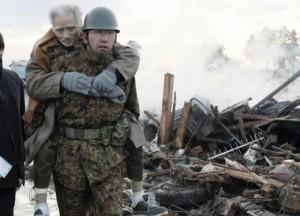 Idoso resgatado em terremoto no Japão
