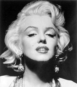 Canhota - Marilyn Monroe