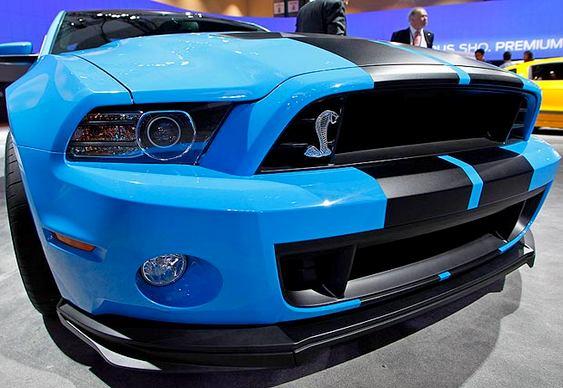 Carro Mustang Shelby Azul