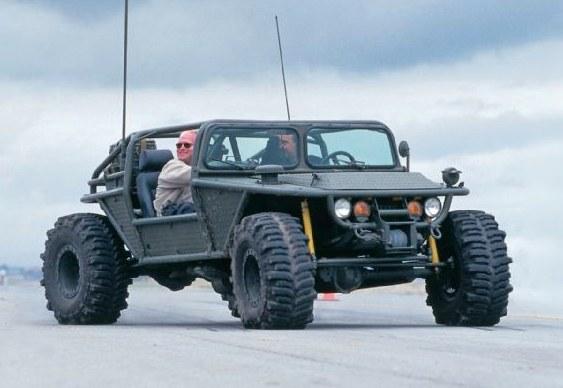 Buggy estilo Jeep militar