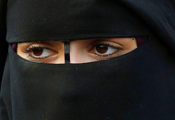 Mulher árabe na F1