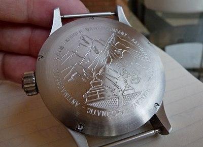 Relógio mostrador pedra Everest