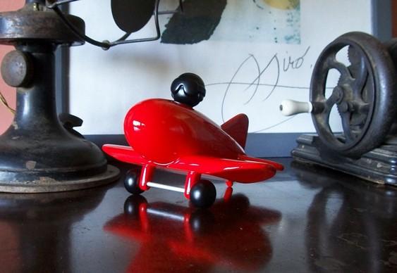 Aviãozinho de madeira