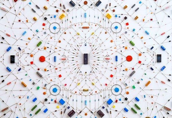 Arte com sucata eletrônica