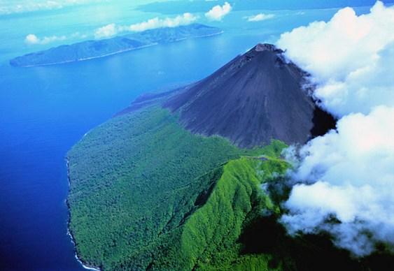 Vulcão em ilha da Oceania