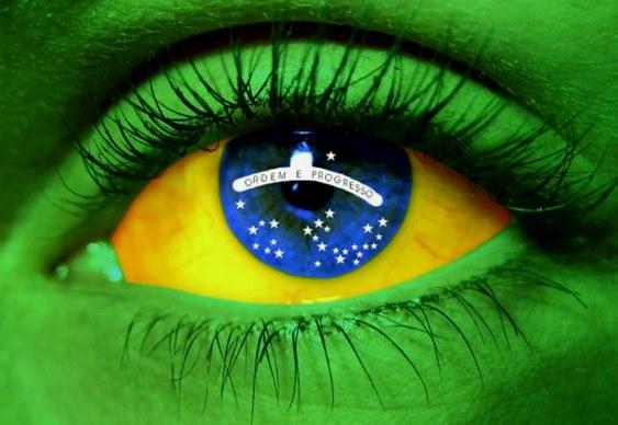 Bandeira do Brasil na cara