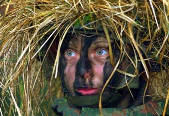 Violência sexual contra soldados mulheres