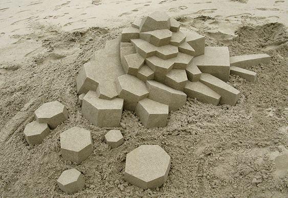 Escultura feita com areia