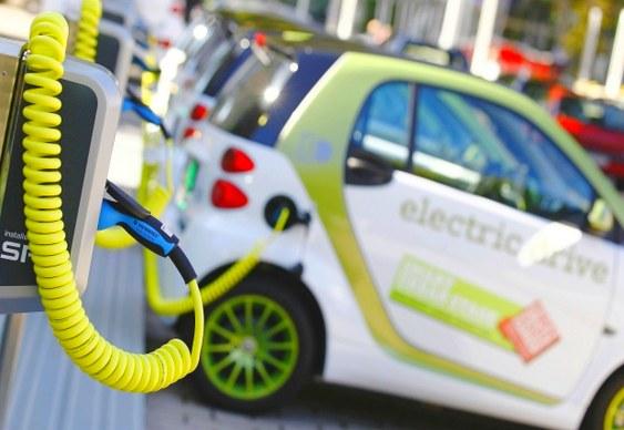 Recarga de carros elétricos à distância