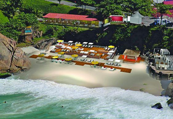 Aqueloo - praia privativa em Copacabana