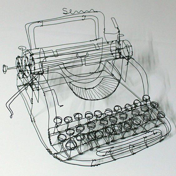 Máquina de datilografia Olivetti ou Remington?