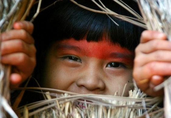 Menina indígena