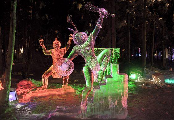 Escultura em bloco único de gelo