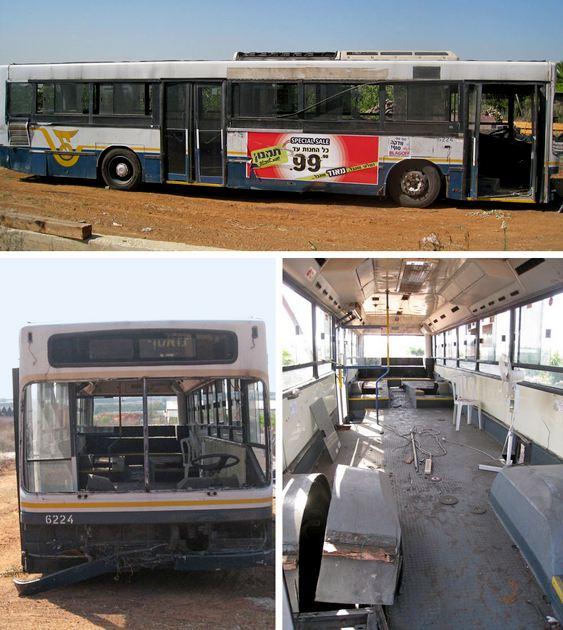 Ônibus velho para refomar