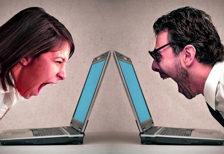 Bate-boca nas redes sociais