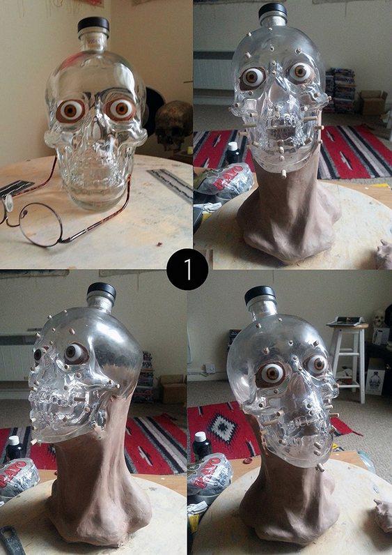 Escultura em garrafa de bebida