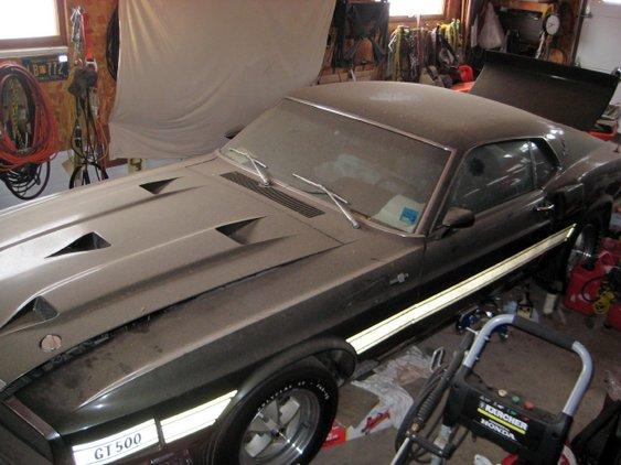 Mustang Shelby garagem