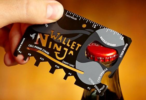 Cartão de crédito com ferramentas