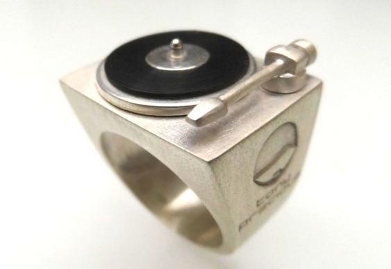 Joias e bijuterias para DJs