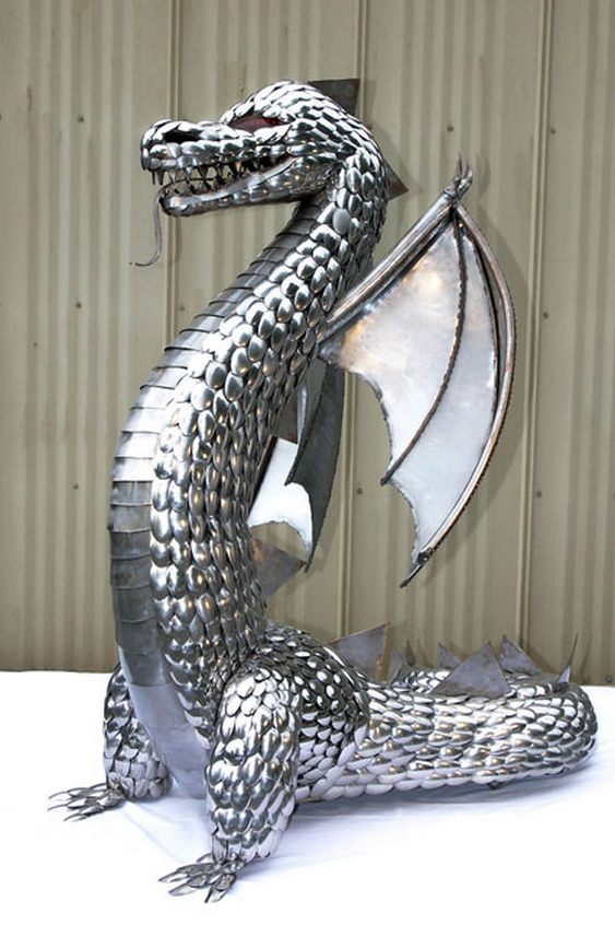 Dragão de metal
