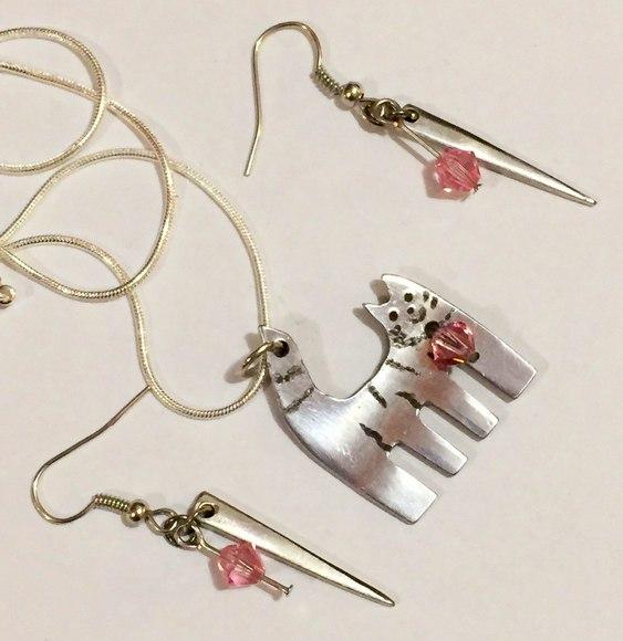 Pingentes e brincos de garfos de prata