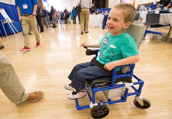 Cadeira de rodas para crianças
