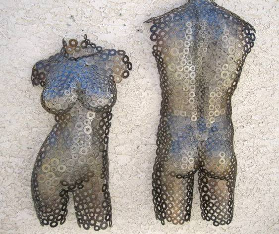 Corpos de metal