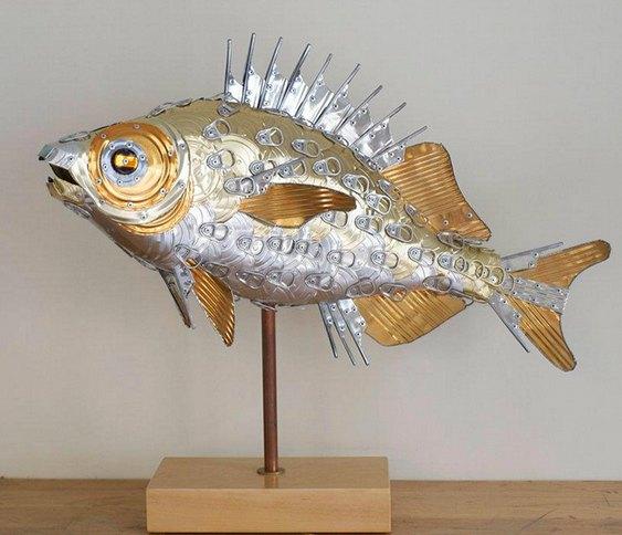 Arte com metal reciclado