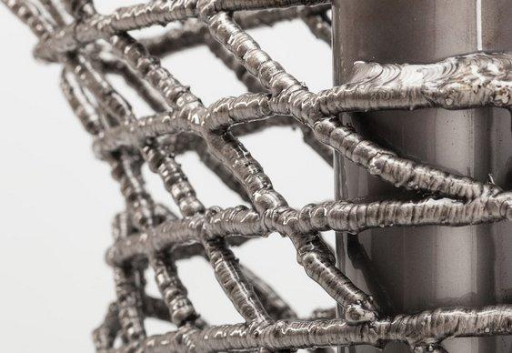 Bicicleta feita com pontos de solda