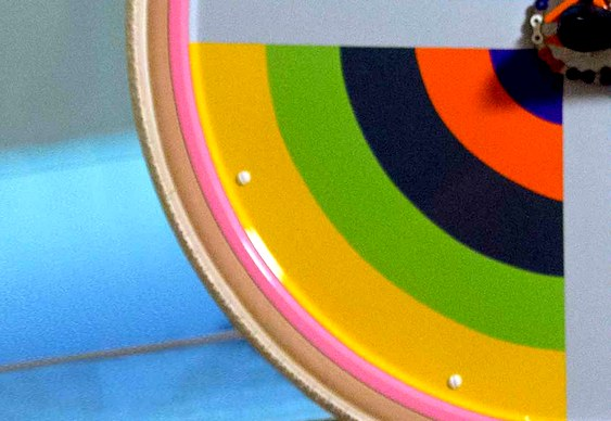Bike com cores vibrantes