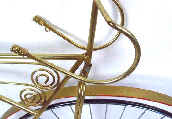 Bike e aço e latão