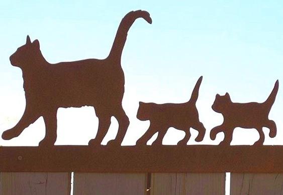 Silhuetas de gatinhos