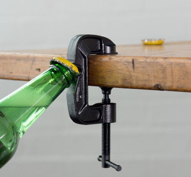 Ferramenta para abrir garrafas