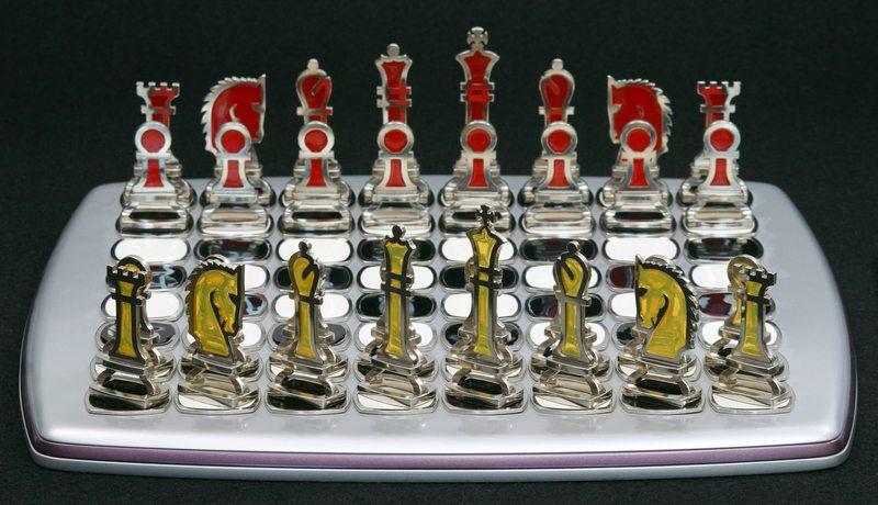 Peças de xadrez com resina transparente