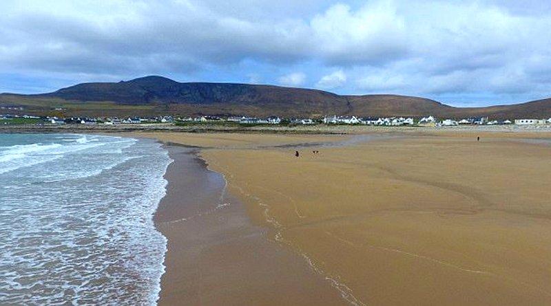 Praia de Dooagh em Achill Island