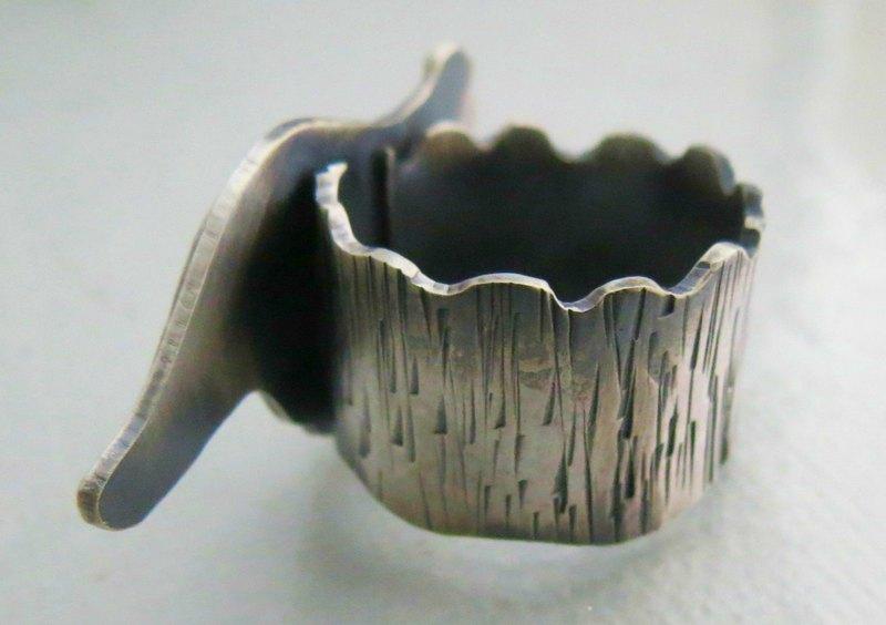 Joia de prata oxidada