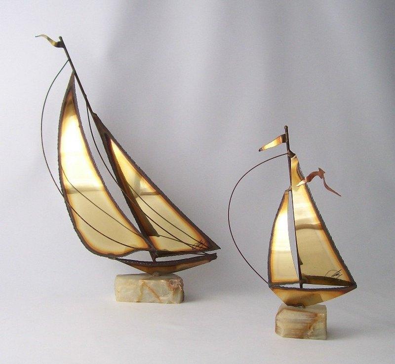 Barcos a vela de metal