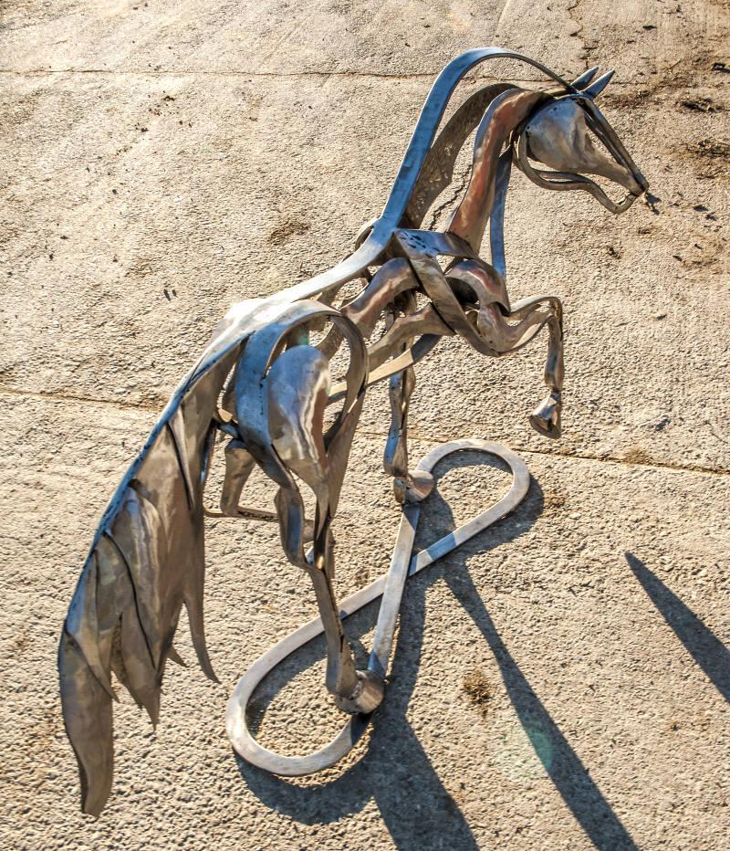 Escultura equina