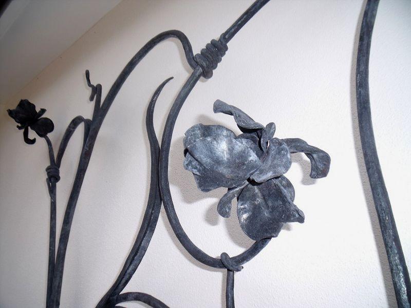 Escultura de metal para parede