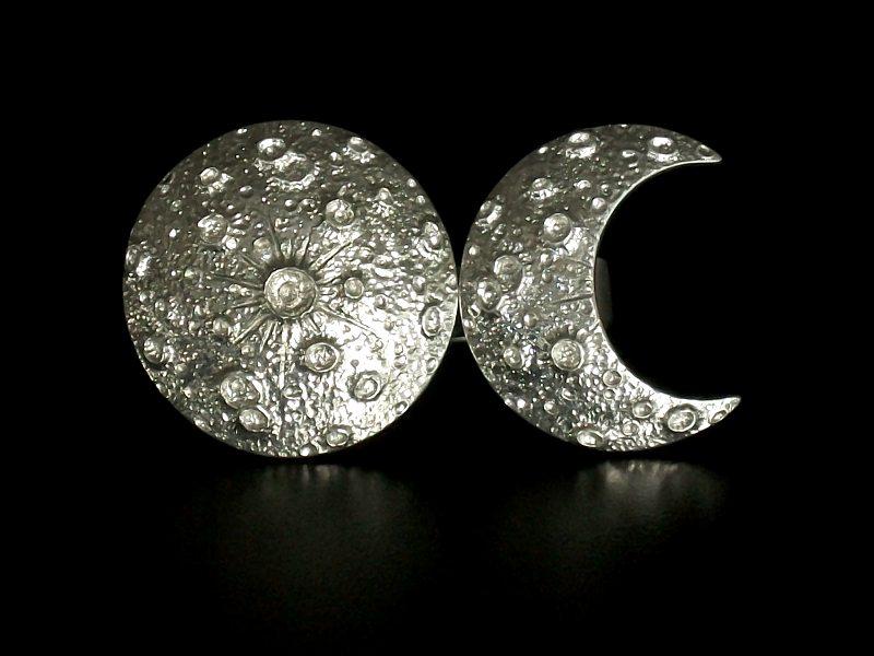 Anéis reguláveis com design moderno da Lua