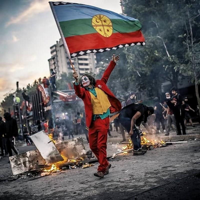 Coringa em protesto no Chile
