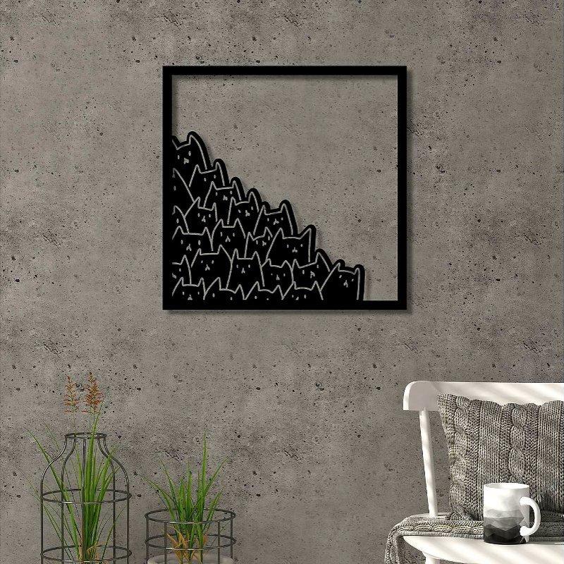 Painel de parede com gatinhos pretos